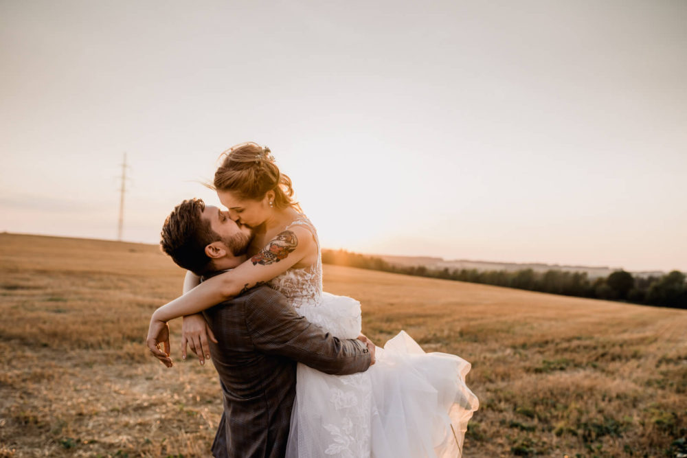 Destination Wedding Photographer_Emotional Natural Photo_Spain Barcelona Elopement Anna Svobodova
