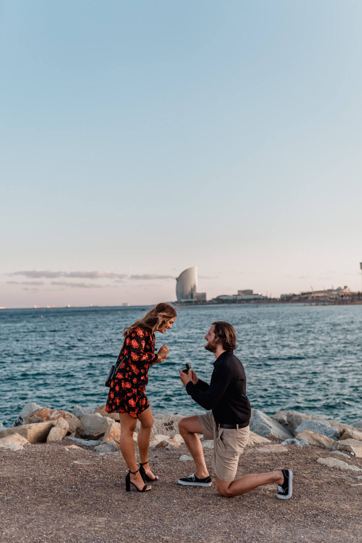 Pedida de mano Preboda Barcelona Fotografo de bodas Svobodova